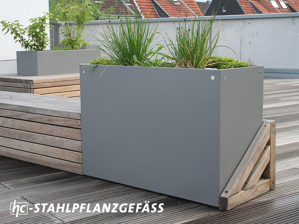 Stadtmobiliar hygrocare Stahlpflanzgefäße